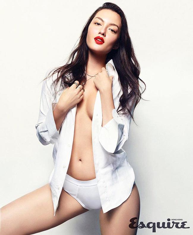 Mia Kang mang trong mình hai dòng máu Anh và Hàn Quốc nên cô nàng sở hữu vẻ đẹp lai đầy mê hoặc.