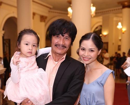 6 sao nam Việt làm đám cưới ở ngưỡng 50 tuổi - 8