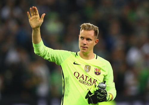 Barca: Messi chạm bóng ít hơn cả thủ môn - 1