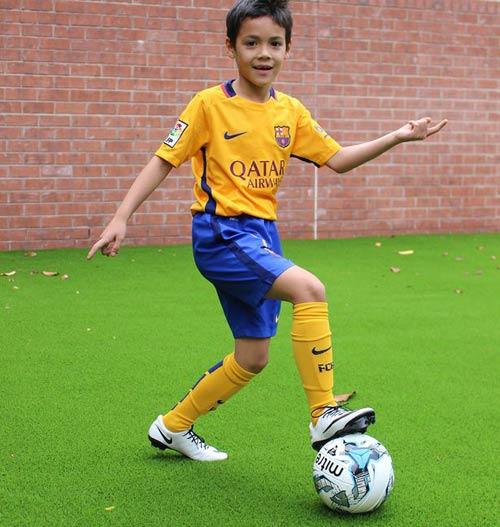 Truyền nhân Messi 13 tuổi & 7 SAO nhí siêu phàm - 6