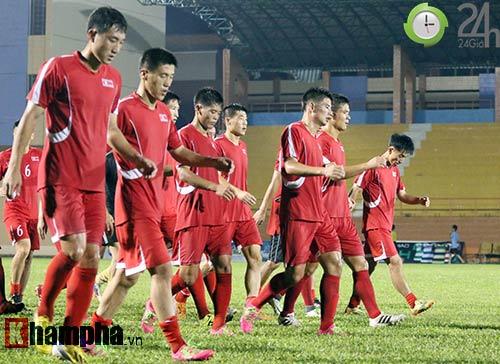 """Đội bóng """"bí ẩn"""" Triều Tiên: 22 cầu thủ & 1 nụ cười ở TP.HCM - 10"""