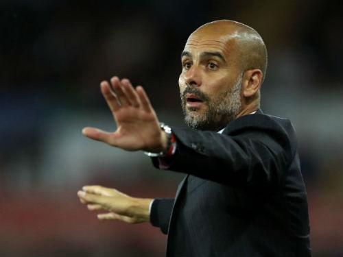 Thua Tottenham, Guardiola cấm Man City dùng internet - 1