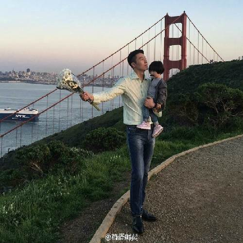 """Ông bố cao gần 2m """"gây sốt"""" khi chụp ảnh cùng con gái - 5"""