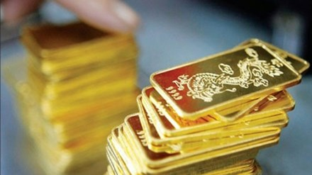 Giá vàng hôm nay 5/10: Giảm 600 nghìn đồng - 1