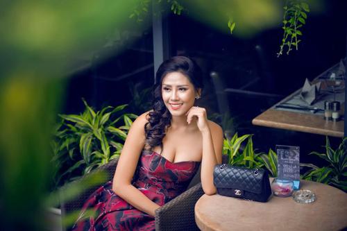 """Nguyễn Thị Loan: """"Không buồn vì bị nói nghiện thi hoa hậu"""" - 1"""