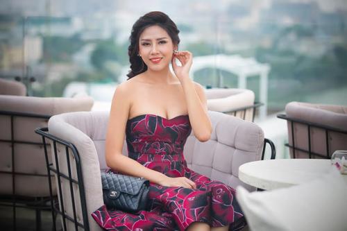 """Nguyễn Thị Loan: """"Không buồn vì bị nói nghiện thi hoa hậu"""" - 2"""