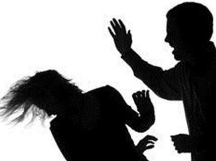 Đánh chết bạn gái vì nghi có thai với người khác - 1