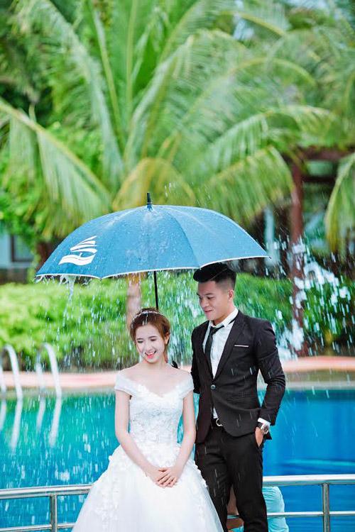 Gặp cô vợ xinh như minh tinh của cầu thủ Huỳnh Tấn Tài - 8