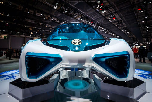 Cận cảnh xe điện Toyota FCV Plus với thân trong suốt - 5