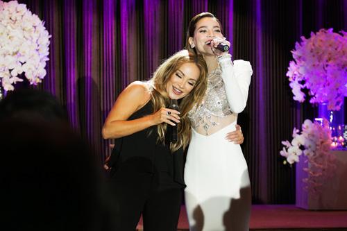 """Hà Hồ hát """"Chắc ai đó sẽ về"""" của Sơn Tùng khiến fan phấn khích - 5"""