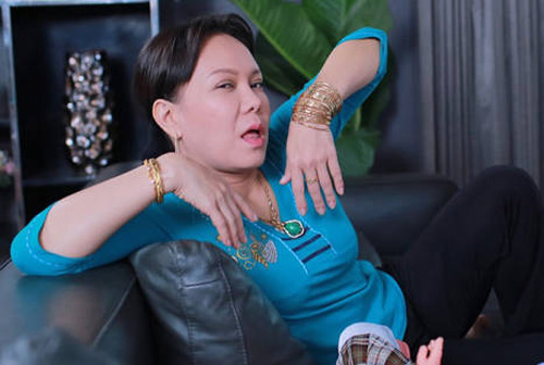 """Lý do Hoài Linh, Việt Hương """"khoe vàng"""" khắp người - 8"""