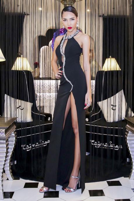 Kiều nữ Vbiz mặc váy xẻ hông cao, khoét tới eo táo bạo - 8
