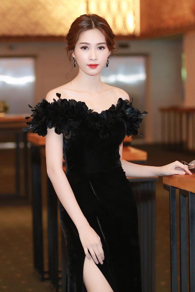 """Hoa hậu Thu Thảo: """"Tay chơi"""" hàng hiệu kín tiếng của Vbiz - 14"""