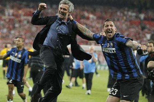 """Scandal thầy-trò rúng động: Mourinho, vết nhơ vì """"quyền lực đen"""" (P2) - 2"""