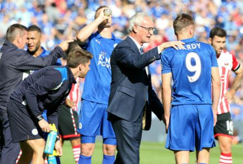 Pogba, Leicester & 10 sự thất vọng lớn đầu mùa 2016/17 - 2