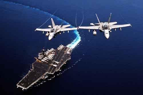 """Tàu sân bay Mỹ """"không ngán"""" đi vào tầm bắn tên lửa TQ - 1"""