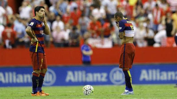 """Bất an Barca: Sau 10 năm, chưa bao giờ """"tệ"""" đến thế - 1"""