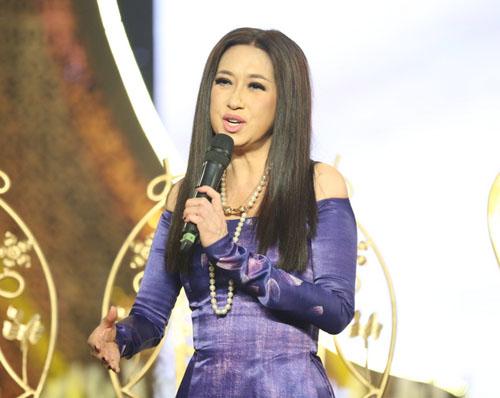 Phi Nhung, Mạnh Quỳnh tình tứ hát cải lương khi hội ngộ ở Sài Gòn - 7