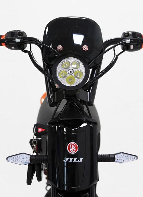 Cá tính vượt trội cùng phiên bản xe máy điện JILI 188X 2016 - 4