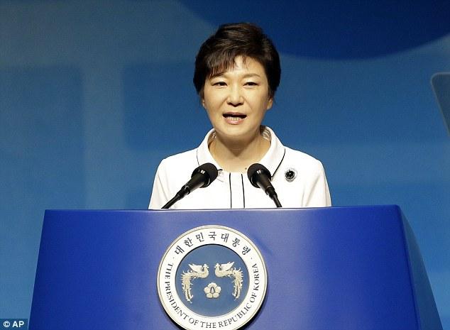 """Triều Tiên gọi Tổng thống HQ là """"gái làng chơi hỗn xược"""" - 1"""