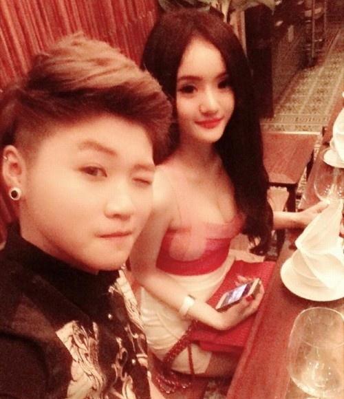 Mỹ nhân Việt khiến dân tình đứng hình trong quán ăn - 6