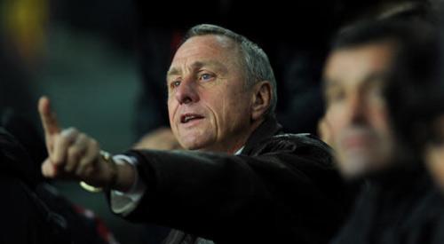 Đội hình vĩ đại của Johan Cruyff: Vắng bóng Messi - 1