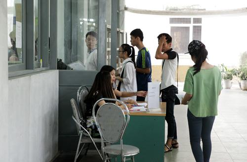 Trường đại học đầu tiên trong cả nước được xét tuyển thạc sĩ - 1