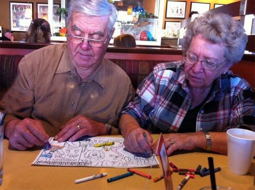 Học người già cách thể hiện tình yêu - 8