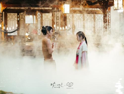 """""""Nóng mắt"""" vì cảnh nude dày đặc trong phim đang hot nhất Hàn - 13"""