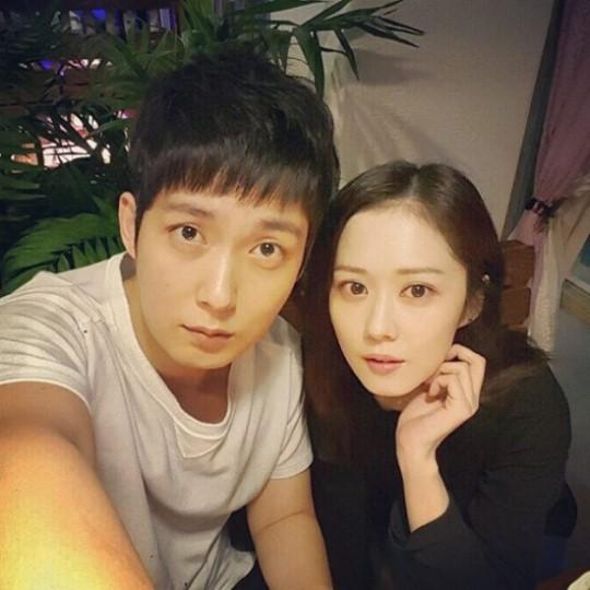 Anh trai Jang Nara trẻ như trai 20 dù đã 41 tuổi - 6