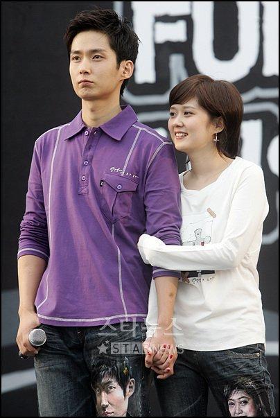Anh trai Jang Nara trẻ như trai 20 dù đã 41 tuổi - 7