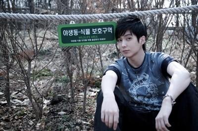 Anh trai Jang Nara trẻ như trai 20 dù đã 41 tuổi - 10