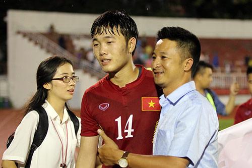 Việt Nam thắng Triều Tiên: Cầu thủ xúc động tri ân khán giả - 1
