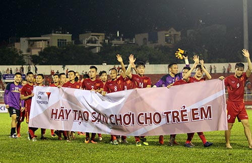 Việt Nam thắng Triều Tiên: Cầu thủ xúc động tri ân khán giả - 5