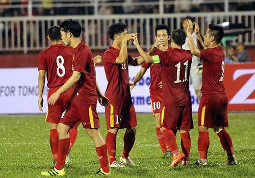Việt Nam thắng Triều Tiên: Cầu thủ xúc động tri ân khán giả - 8
