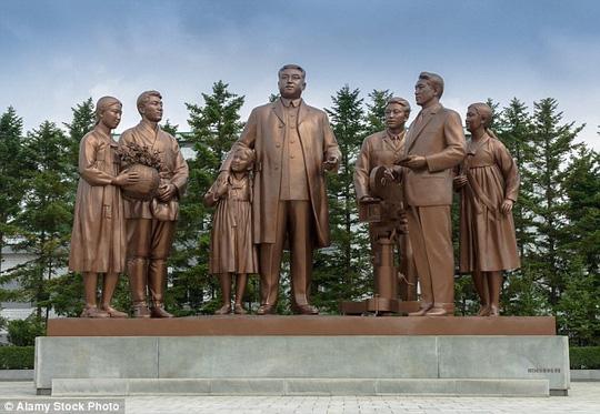 Chuyến du lịch lạ lùng ở Triều Tiên - 1