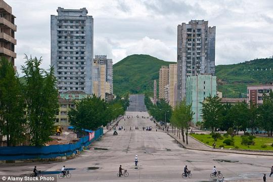 Chuyến du lịch lạ lùng ở Triều Tiên - 4