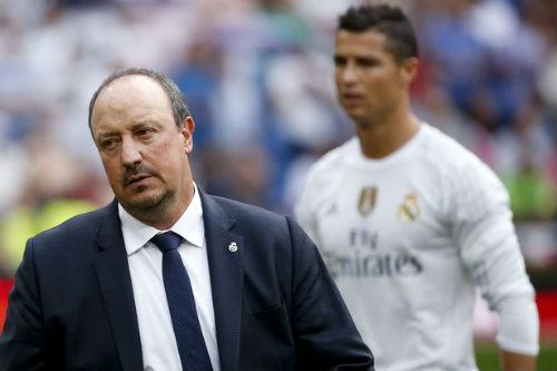 """Scandal thầy-trò rúng động: Ronaldo xỏ mũi """"gã khờ"""" Benitez (P4) - 3"""