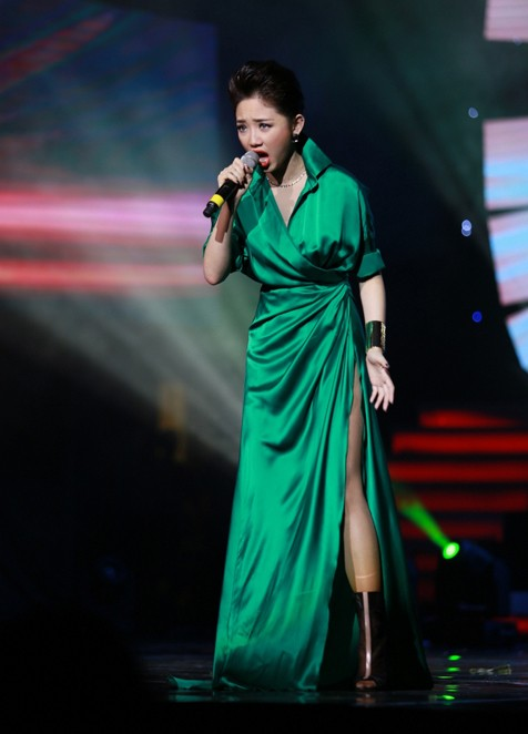 """Những """"phiên bản Rihanna"""" trong showbiz Việt - 5"""