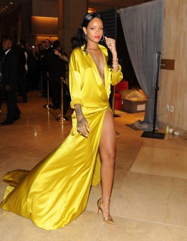 """Những """"phiên bản Rihanna"""" trong showbiz Việt - 6"""