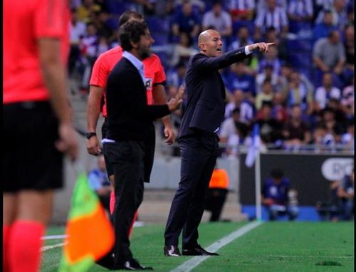Zidane đối diện khả năng bị Real Madrid sa thải - 1