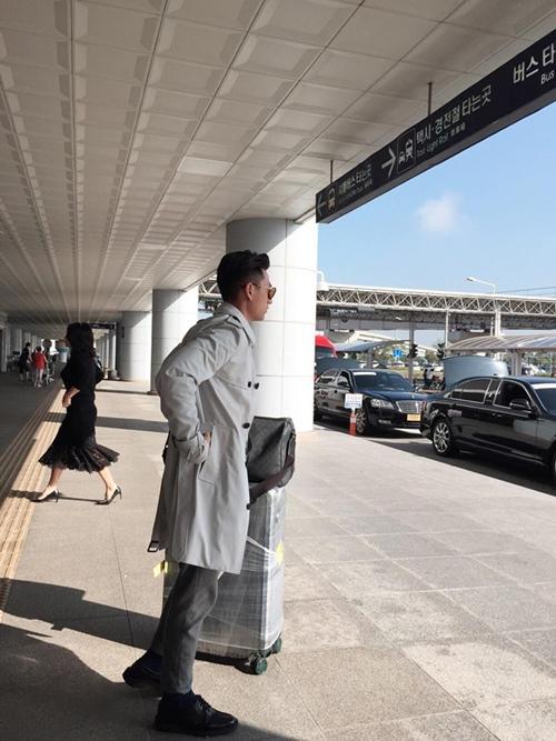 Isaac được fan Hàn vây quanh ở LHP quốc tế Busan - 7