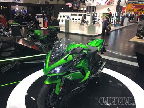 """Ngắm """"hàng khủng"""" 2017 Kawasaki Z1000SX tại Intermot 2016 - 3"""
