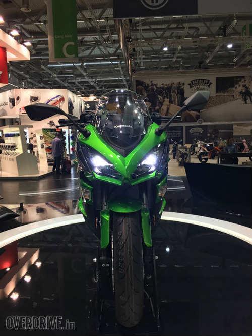 """Ngắm """"hàng khủng"""" 2017 Kawasaki Z1000SX tại Intermot 2016 - 4"""