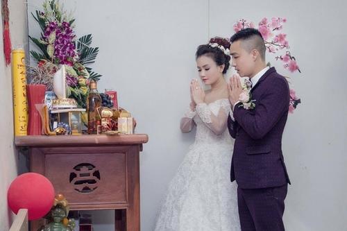 """Mỹ nhân """"lẳng lơ"""" nhất màn ảnh Việt cưới lần 4 với chú rể kém tuổi - 1"""