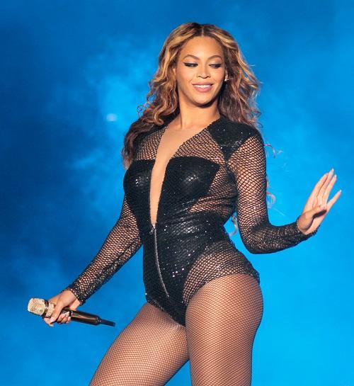 Ngắm dáng vóc săn chắc, vòng 3 sexy 99cm của Beyonce - 13