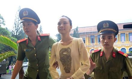 Mẹ HH Phương Nga kiến nghị thay đổi cơ quan điều tra - 1