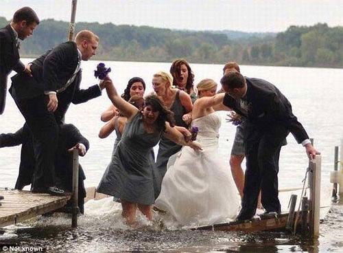 Những bức ảnh cưới cười ra nước mắt - 8