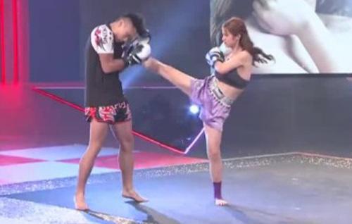 """""""Nữ thần boxing"""" Trung Quốc tung cước hạ đấng nam nhi - 3"""