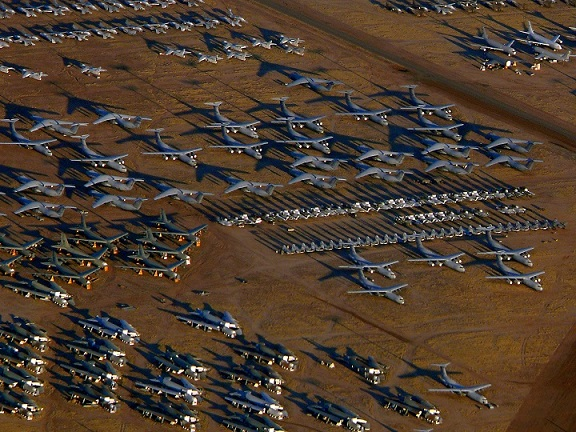 """Mỹ hồi sinh máy bay B-52 cũ thành """"ma tốc độ"""" - 3"""